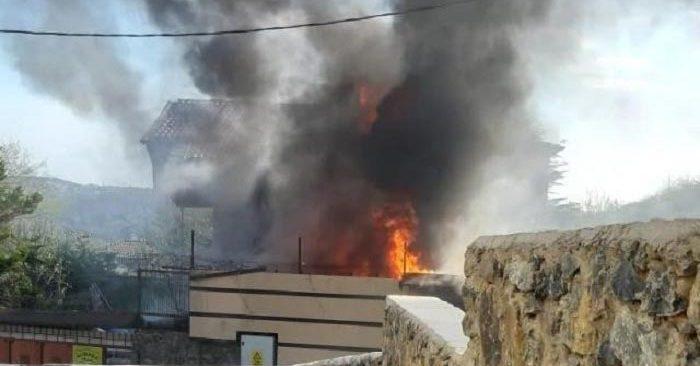Beykoz'da korkutan villa yangını