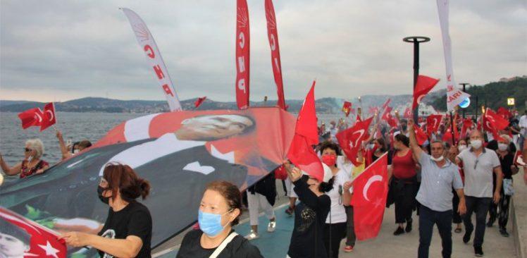 CHP İlçe Başkanlığı'ndan görkemli Zafer Bayramı kutlaması