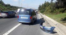 Beykoz TEM'de Otomobille Motosiklet Emniyet Şeridinde Çarpıştı
