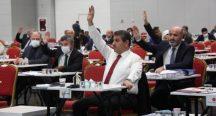 AKP ve MHP'nin oylarıyla Beykoz Çayırı millet bahçesine dönüştürülüyor